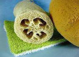 Macchie cutanee: il segreto è esfoliare la pelle