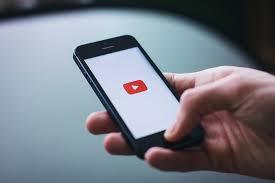 Smartphone: primo dispositivo per le connessioni a internet
