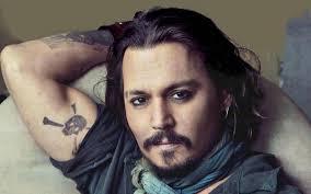 Johnny Depp malato: dimagrito e scavato in volto, come sta?