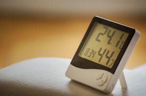 Eliminare l'umidità in casa con il sale