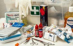 Medico picchia selvaggiamente paziente 86enne