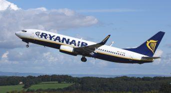 Ryanair, caos distanziamento sociale sui primi voli