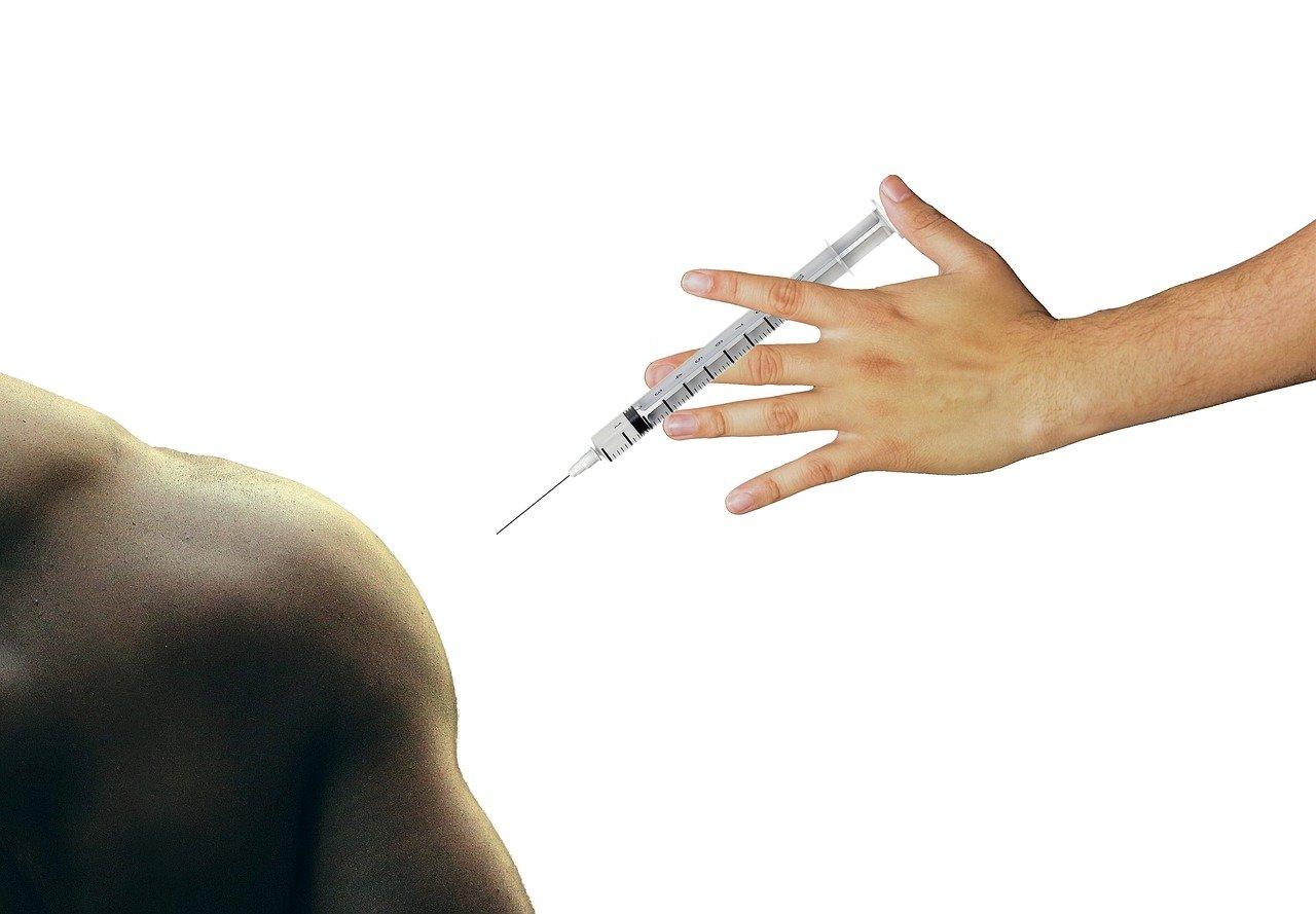 Vaccino Pfizer , una luce in fondo ad un tunnel davvero buio