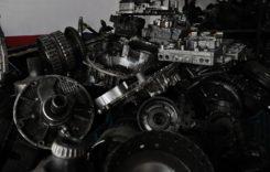 Napoli, catalizzatori rubati e stoccati per estrarne metalli preziosi.