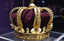 Infelicità di coppia tra il principe Alberto e la principessa Charlene.